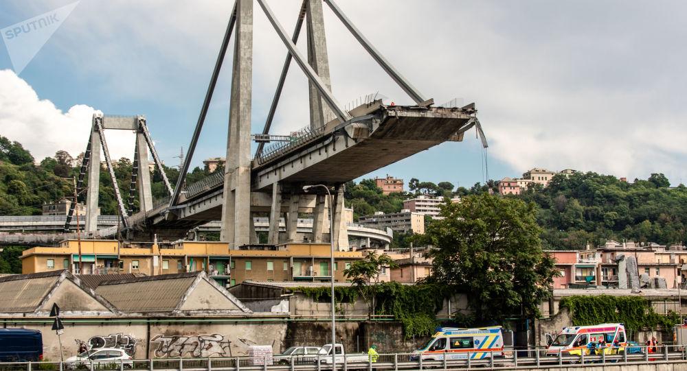 Local do colapso da ponte rodoviária de Morandi em Gênova, Itália, em 15 de agosto de 2018