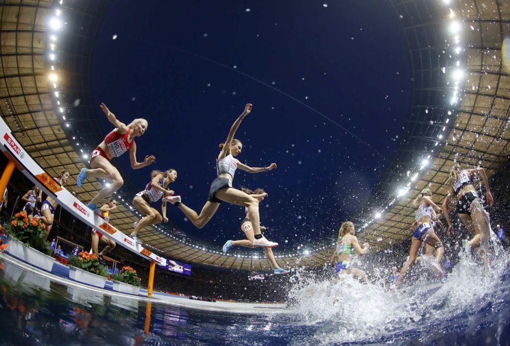 Corrida de 3000 metros com obstáculos entre as mulheres no Campeonato Europeu de Esportes de Verão 2018, em Berlim, 12 de agosto de 2018