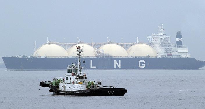 Navio-cisterna de GNL (foto de arquivo)