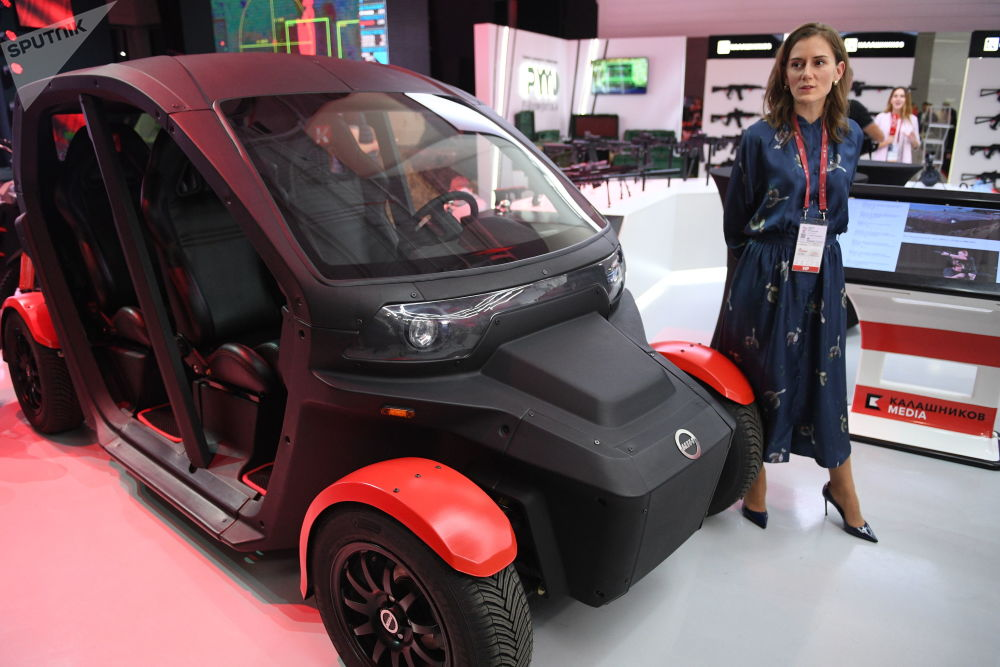Automóvel elétrico capaz de atingir uma velocidade de até 80 km/h – uma das novidades tecnológicas do consórcio Kalashnikov