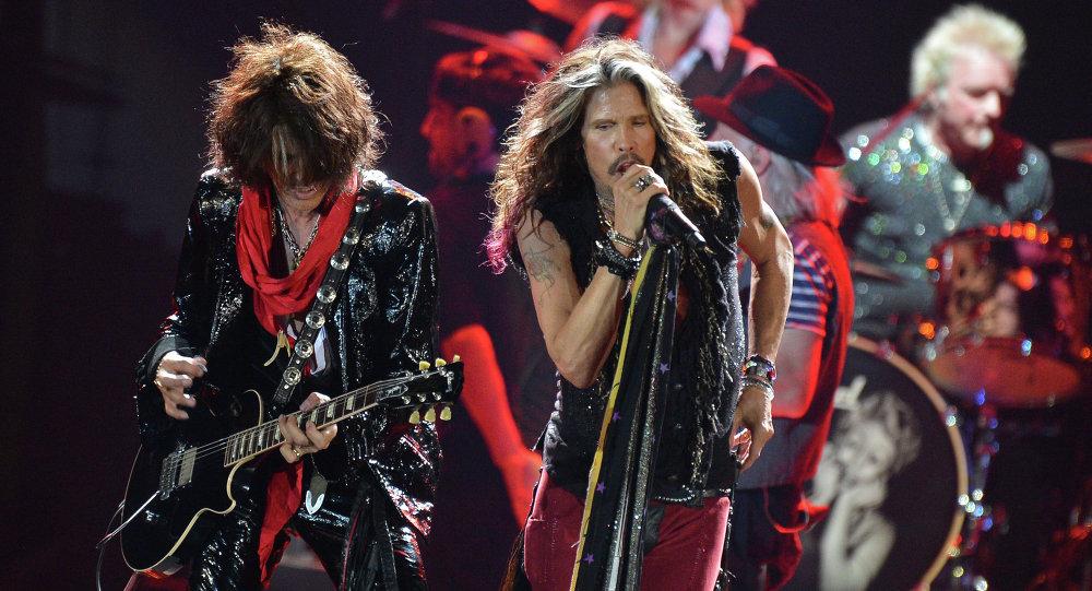 Aerosmith durante show em Moscou.