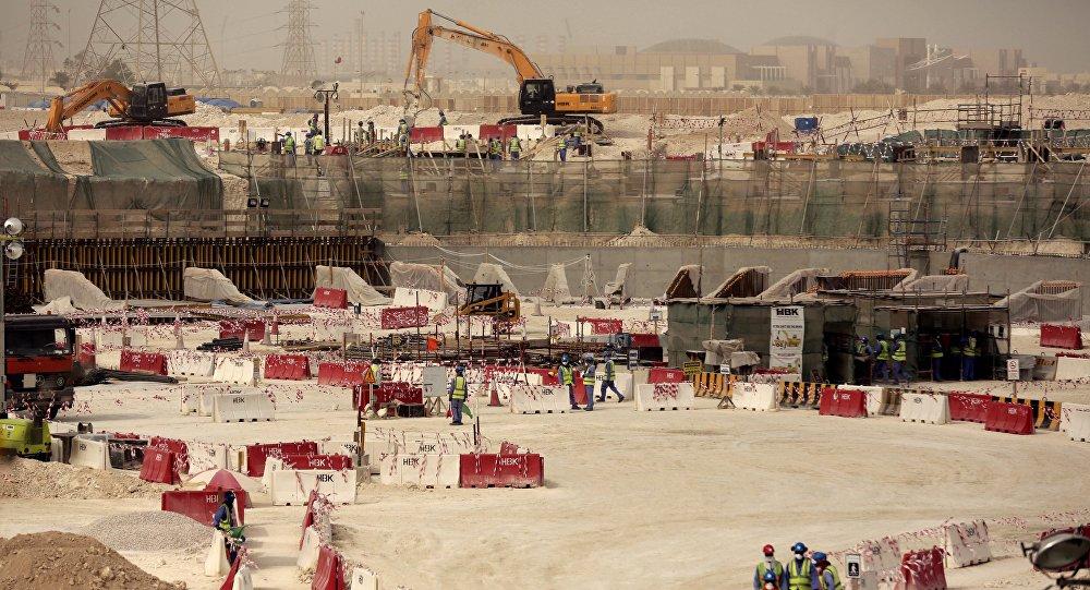 Obras da construção do estádio Al-Wakra, no Qatar, para a Copa do Mundo.
