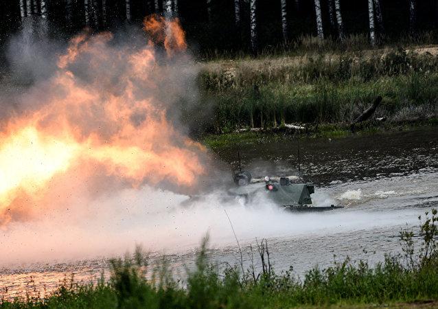 Veículo antitanque Sprut-SDM1 durante o fórum EXÉRCITO 2016