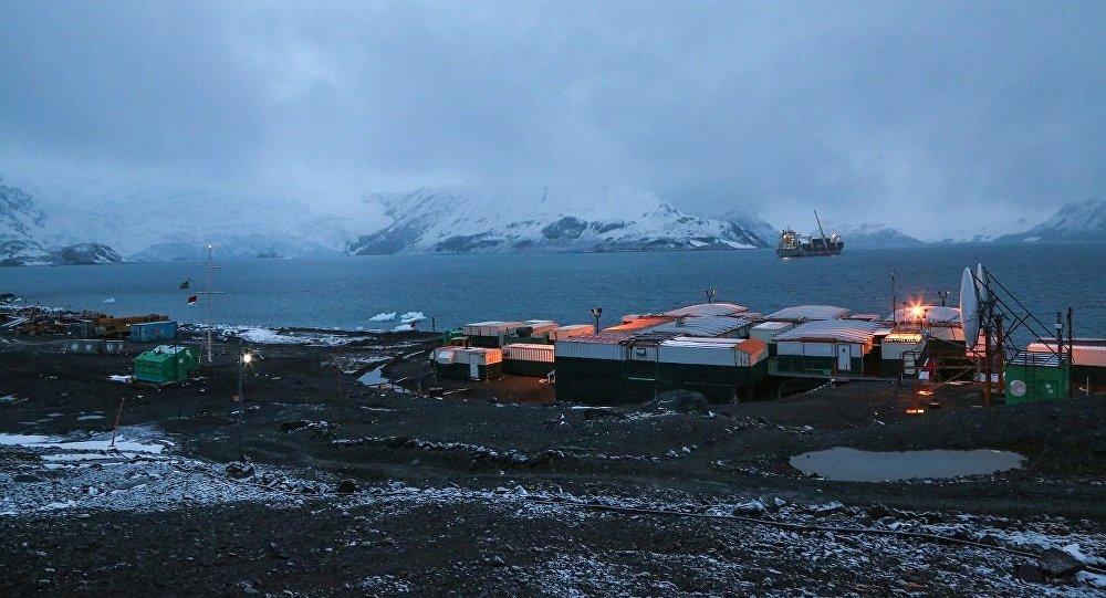 Módulos Antárticos Emergenciais do Proantar