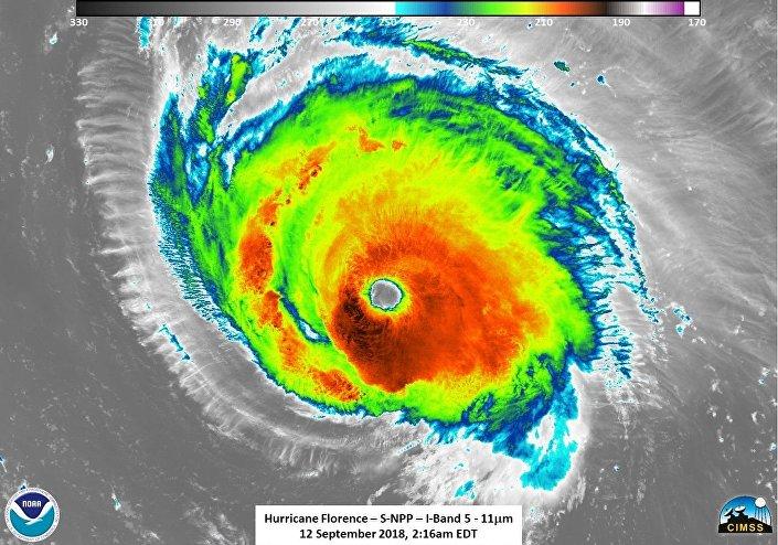 Imagem infravermelha de satélite do oceano Atlântico tirada a 11 de setembro de 2018