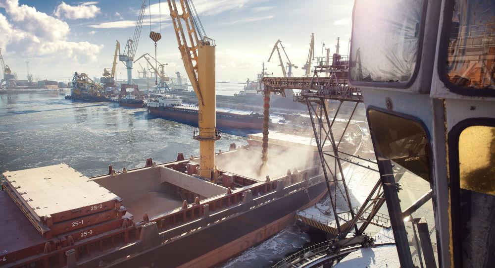 Porto comercial de Mariupol, Ucrânia