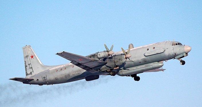 Avião russo do modelo Ilyushin Il-20, o mesmo que do que desapareceu na noite desta segunda-feira na Síria