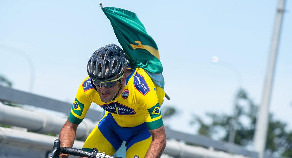 Marcelo Florentino Soares, ciclista brasileiro durante a Red Bull Trans-Siberian Extreme