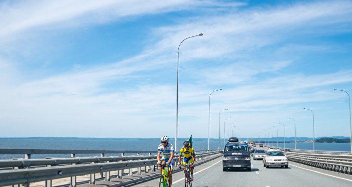 Ciclista brasileiro Marcelo Florentino Soares durante Red Bull Trans-Siberian Extreme