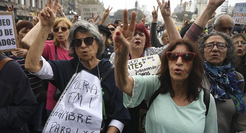 Manifestações contra a decisão do governo argentino de pedir ajuda ao FMI, Buenos Aires, 17 de setembro 2018