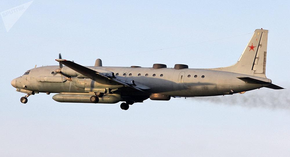 Avião russo Il-20 derrubado durante missão de reconhecimento na província síria de Idlib, em 17 de setembro de 2018