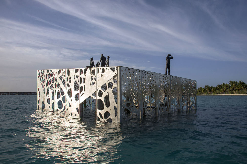 Galeria de arte subaquática, em forma de cubo e com seis metros de altura, criada pelo escultor britânico Jason deCaires Taylor, nas ilhas Maldivas