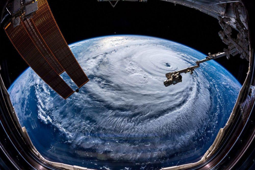 Imagem de satélite do furacão Florence tirada pelo astronauta alemão Alexander Gerst a bordo da Estação Espacial Internacional