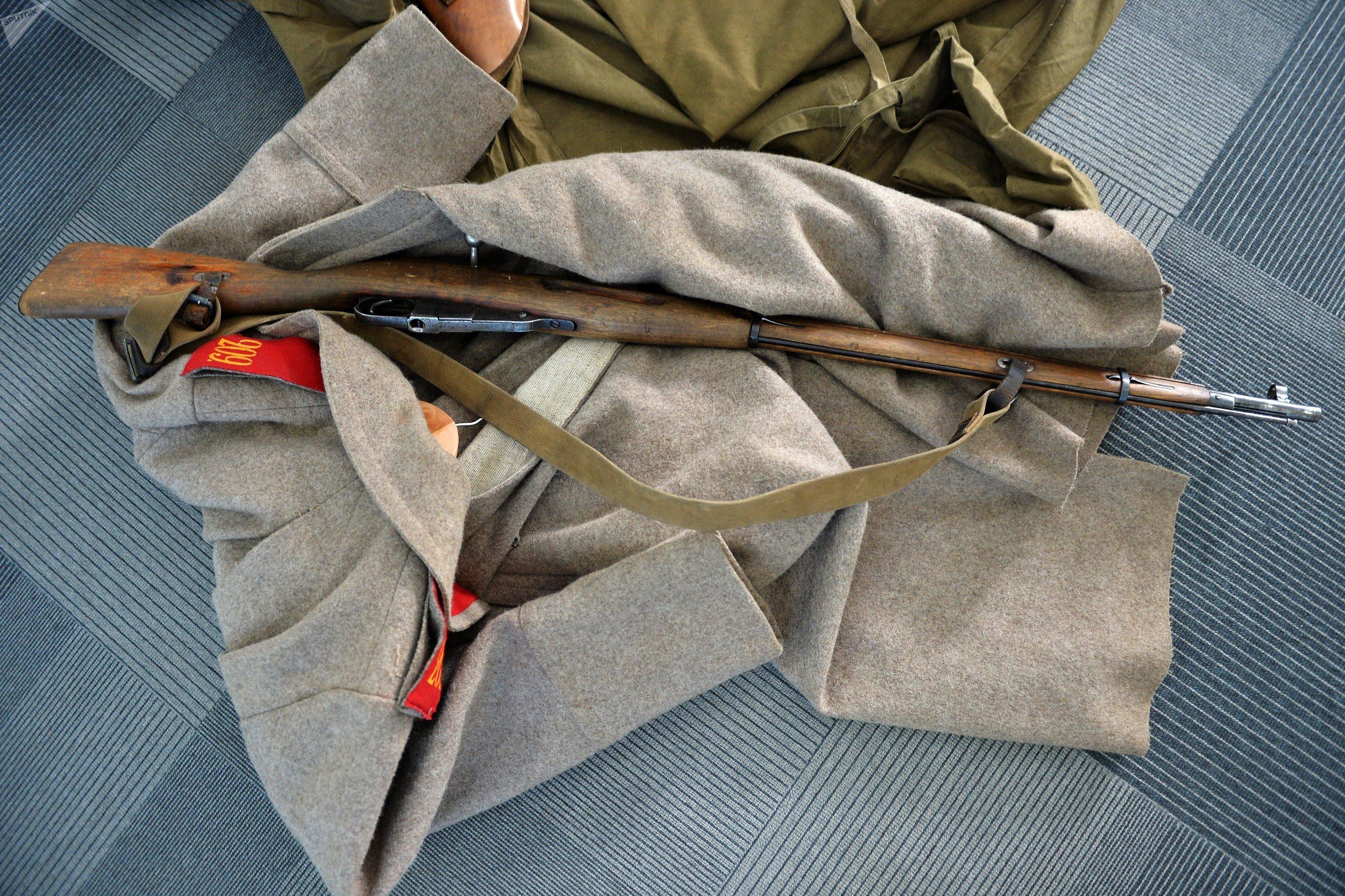 Fuzil de ação de culatra Mosin-Nagant, usado pelo Exército Imperial russo desde 1891