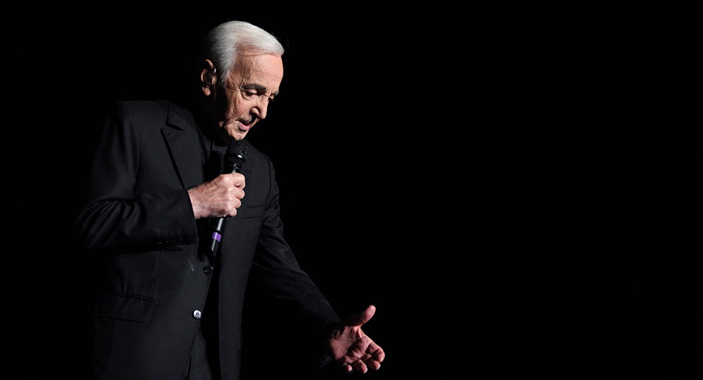 Charles Aznavour, o famoso cantor francês