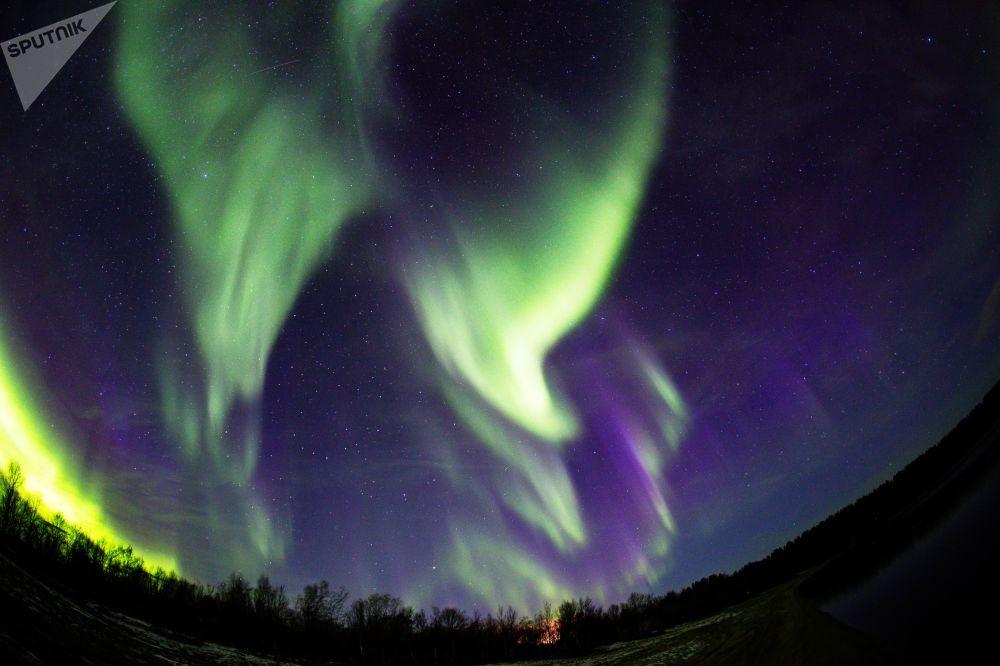 Aurora Boreal na região de Murmansk, na Rússia