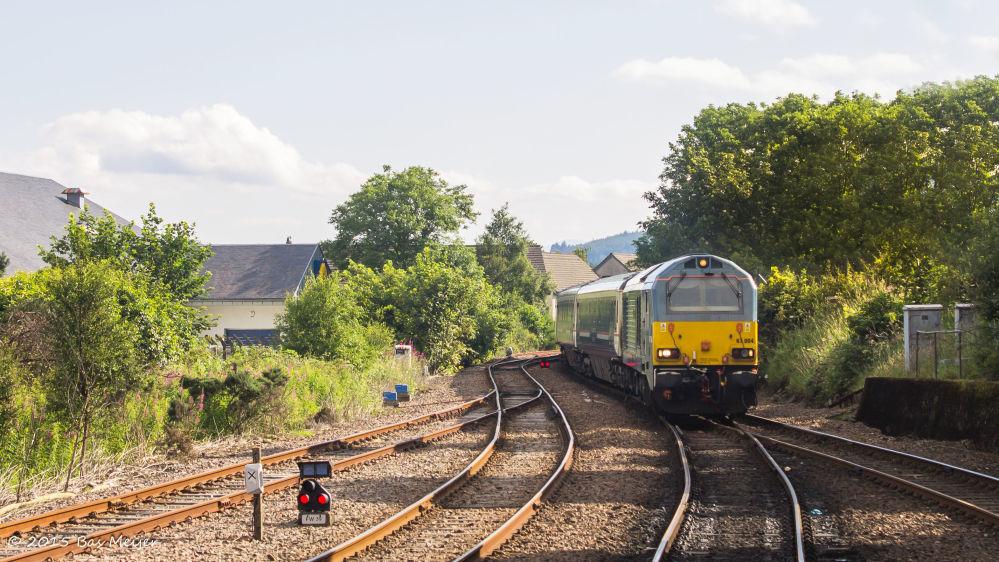 Trem Caledonian Sleeper, liga a cidade inglesa de Londres à Escócia, no Reino Unido
