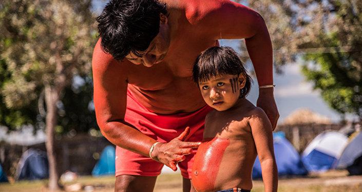 A Aldeia Multiétnica é um espaço que promove encontros, através de vivências entre tribos diversas com turistas e o mundo urbano