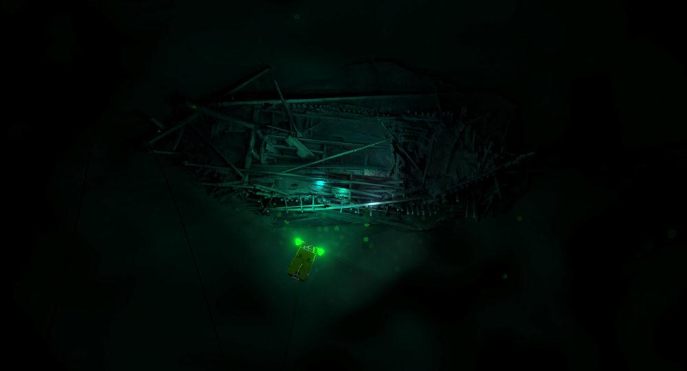 Imagem do navio, deitado no fundo do mar Negro, reconstruída com técnica 3D