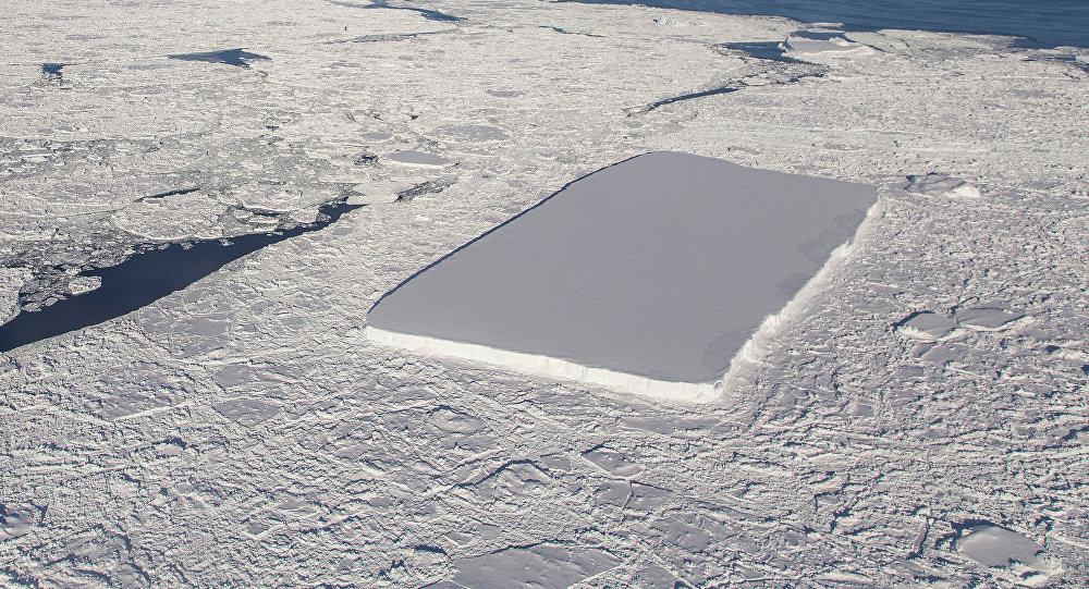 Resultado de imagem para Nasa encontra iceberg com formato 'perfeito' na Antártida