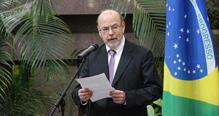 Embaixador brasileiro em Moscou, Antonio Luis Espinola Salgado, discursa durante a abertura da exposição dedicada ao 190° aniversário das relações bilaterais russo-brasileiras, no Ministério das Relações Exteriores da Rússia, em 26 de outubro de 2018
