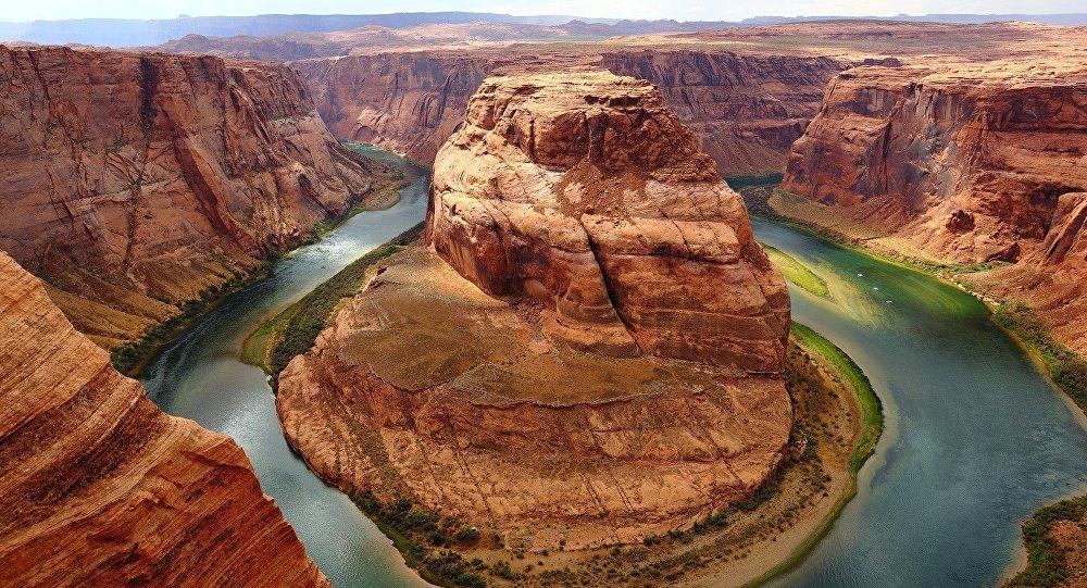 Parque Nacional do Grand Canyon, um dos primeiros parques nacionais dos Estados Unidos que está localizado no Arizon