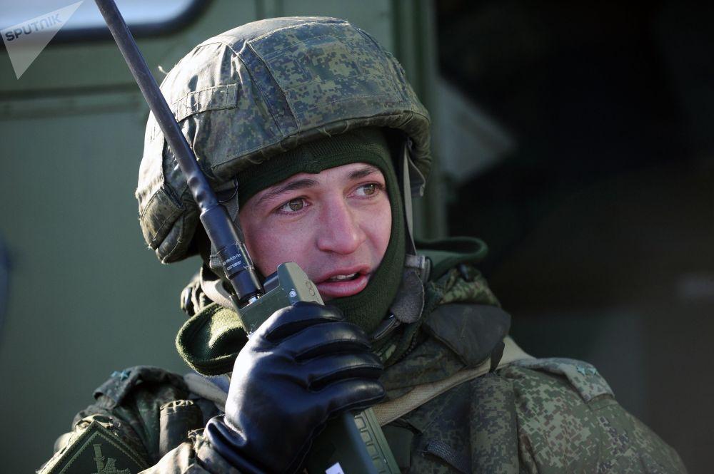 Artilheiros treinaram a destruição de pessoal do inimigo e a interação com outros destacamentos