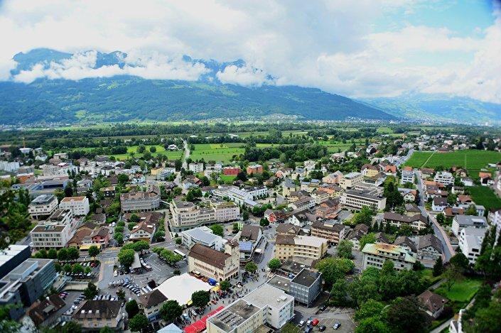 Vista da arquitetura urbana em Liechtenstein