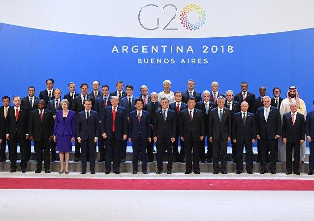 Líderes mundiais posam para foto durante cúpula do G20 em Buenos Aires, Argentina, em 30 de novembro de 2018