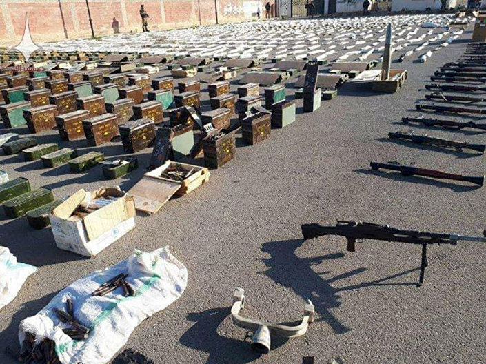Esconderijo de armas deixadas pelos jihadistas descoberto pelo Exército da Síria