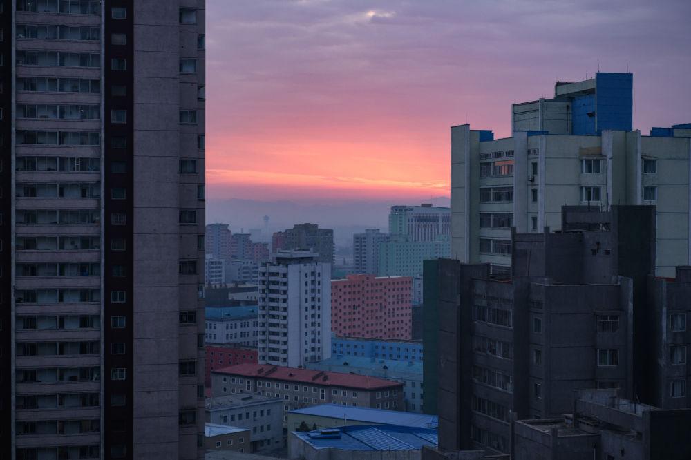 Um belo nascer do sol em Pyongyan