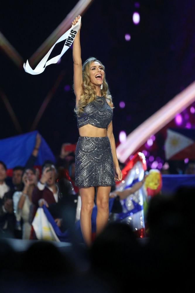 Miss Espanha, Angela Ponce, durante a final do concurso Miss Universo 2018