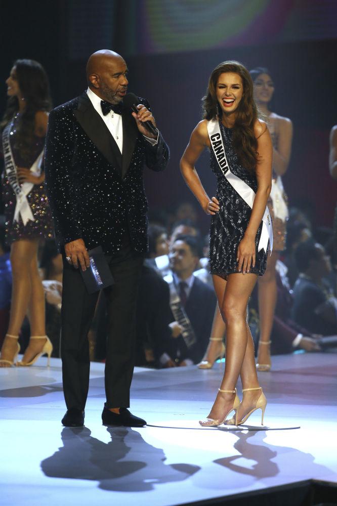 Miss Canadá, Marta Stepien, durante a final do concurso Miss Universo 2018 na Tailândia