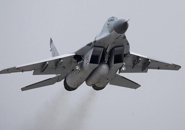 Caça MiG-29 (imagem referencial)