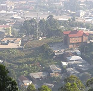 Cidade camaronesa de Bamenda, capital do departamento de Mezam e da província do Noroeste