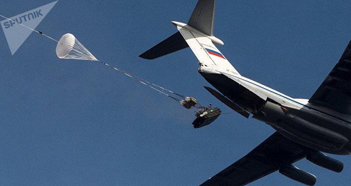 BMD-2 durante manobras