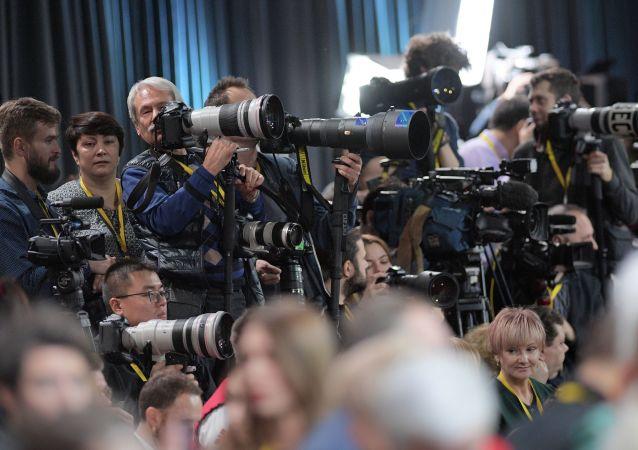 Jornalistas (imagem referencial)