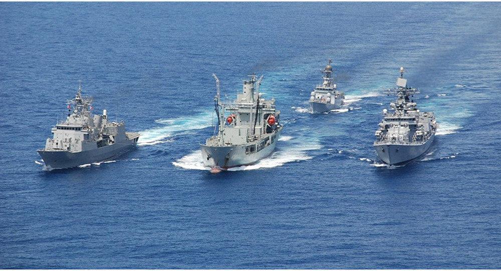 Navios indianos enviados à Malásia