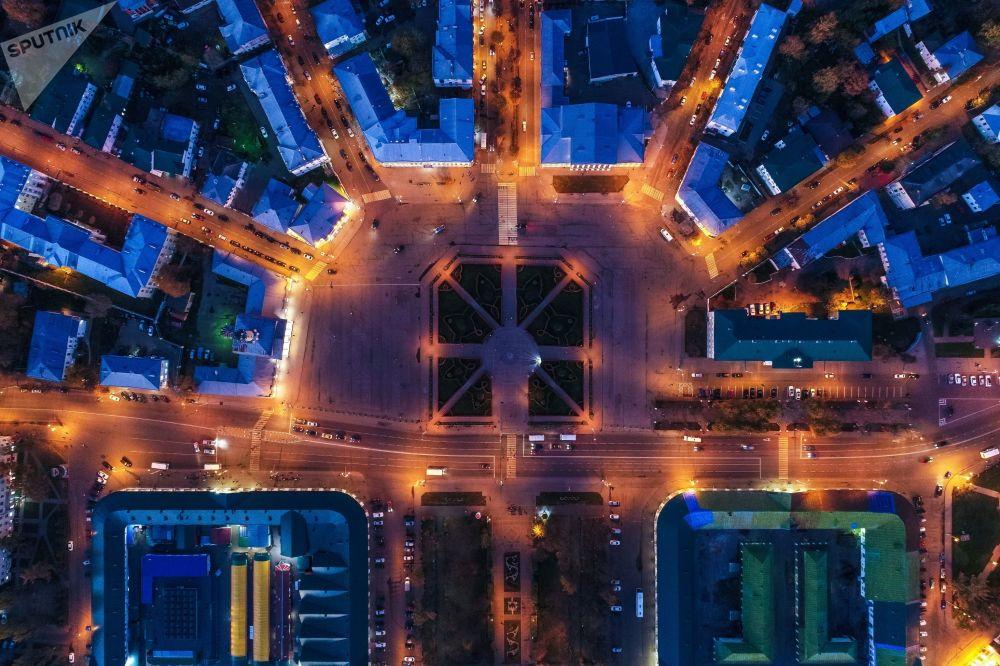 Vista aérea da Praça Susaninskaya, localizada na região de Kostroma, na Rússia