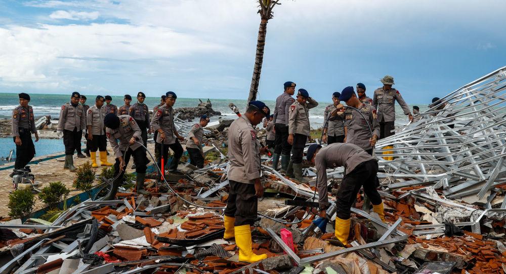 Consequências de um tsunami na Indonésia