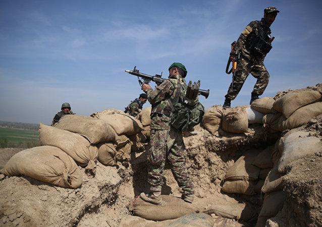 Soldados afegãos no distrito de Dand-e Ghouri, província de Baghlan (arquivo)