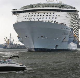 Navio de cruzeiro Oasis of the Seas (imagem referencial)