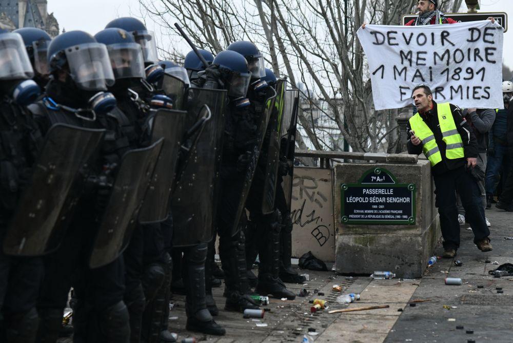 Protestos dos coletes amarelos em Paris