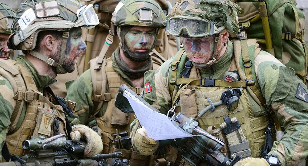 Soldados noruegueses