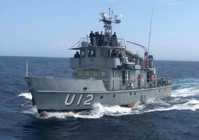 Navio Aviso de Instrução Guarda-Marinha Brito