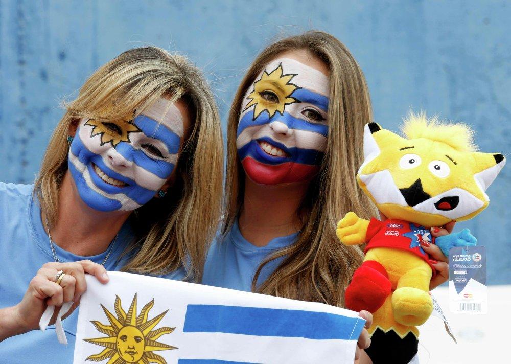 A torcida da seleção do Uruguai antes do encontro com Jamaica em 13 de junho