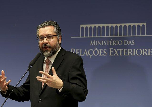 O ministro das Relações Exteriores, Ernesto Araújo, durante entrevista coletiva, no Palácio Itamaraty, fala sobre a situação política da Venezuela.