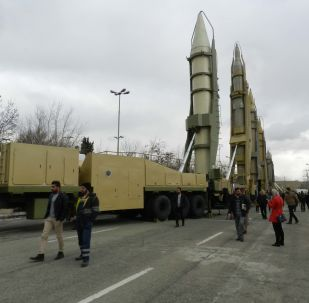 Lançador de mísseis de produção iraniana