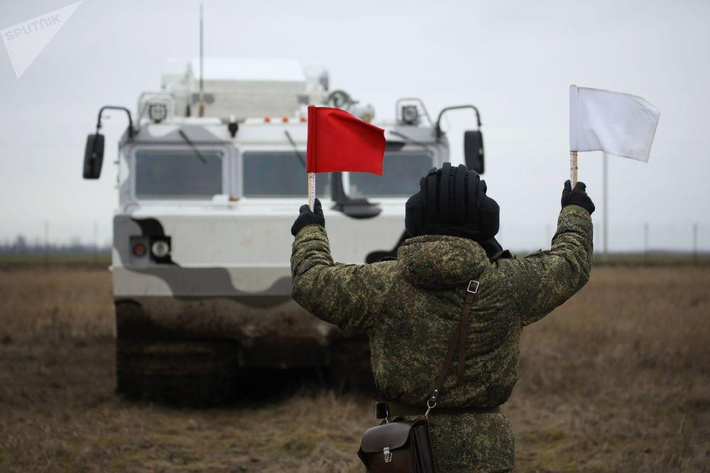 Militar russo coordena sistemas de mísseis antiaéreos árticos