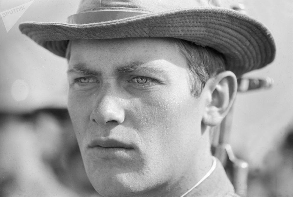 Oleg Medyankin, um soldado da tropa motorizada do contingente restritivo das Forças Armadas da URSS no Afeganistão, em 20 de novembro de 1986